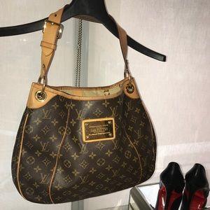 Louis Vuitton Monogram Galliera Gm.